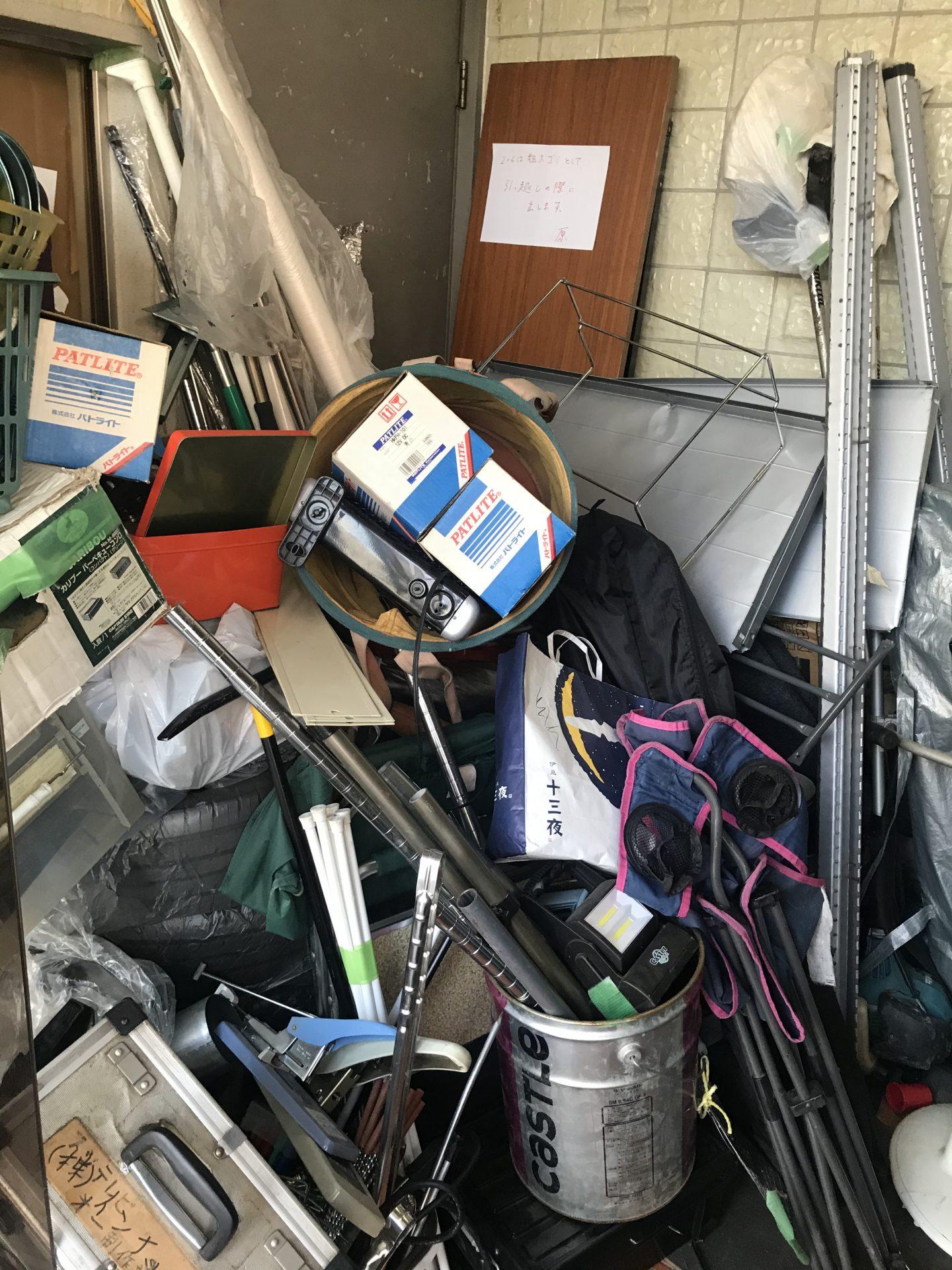 現場レポート・ビフォー渋谷区不用品回収の清掃依頼1